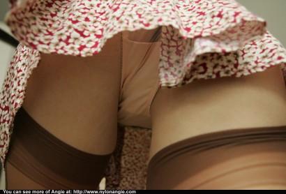 panty peeking